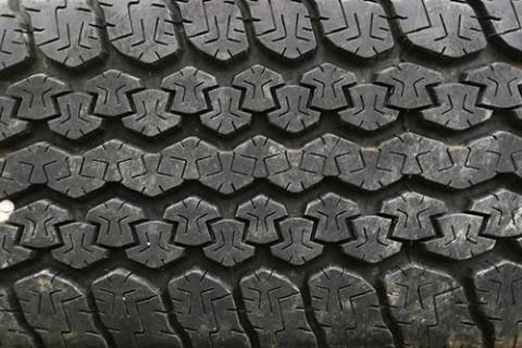 skift dæk på bil
